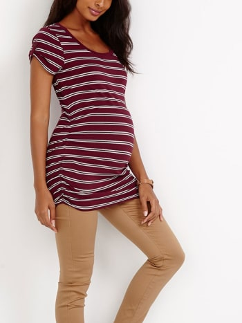 Scoop Neck Printed Maternity T-Shirt