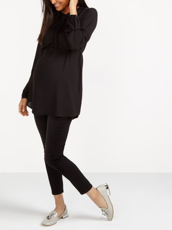 Stork & Babe - Ruffled Maternity Blouse