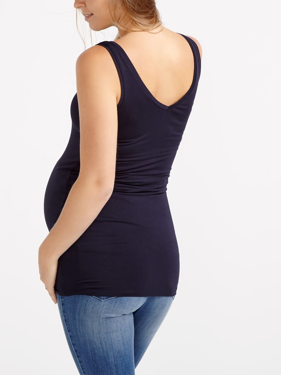 Shop our selection of plus size maternity tank tops and t-shirts to keep you in great style throughout your pregnancy. Motherhood Maternity.