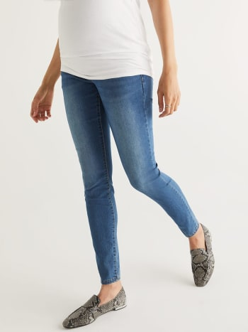 Insider - Light Wash Super Skinny Maternity Jean