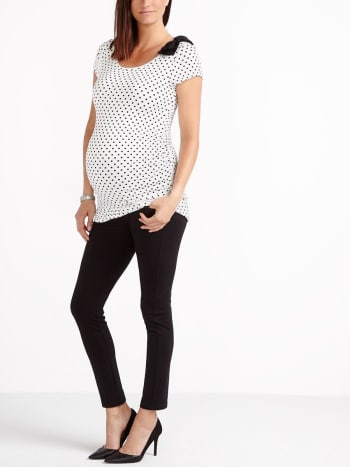 Stork & Babe - Printed Maternity Top with Bow