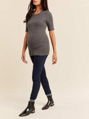 Solid Ribbed Short Sleeve Maternity Top