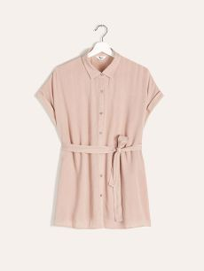Pink blouse with short sleeve