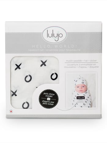 Lulujo - Hugs and Kisses Bamboo Baby Hat and Swaddle
