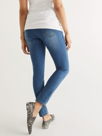 Medium Wash Super Skinny Maternity Jean
