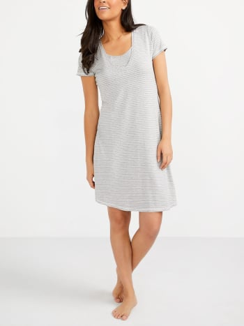 Essentials - Printed Nursing Nightdress