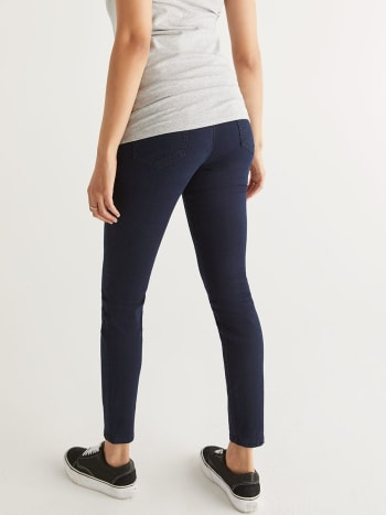 Petite Dark Wash Super Skinny Maternity Jean
